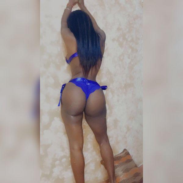 hola soy nataly , joven dominicana muy sexy me gusta el sexo vaginal , oral , masaje relajante ,masaje corporal ven y sacate tu lechita en mis téticas , diferente poses , lencerias ( solo uso whatsapp